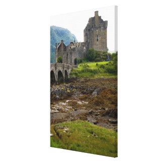 Beautiful Eileen Donan Castle in Western Dornie 2 Canvas Print