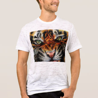 Beautiful face of big cat. T-Shirt