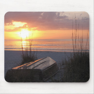 Beautiful Florida Sunset with boat Mousepad