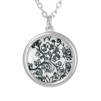 Beautiful flower pattern makes a great decoration silver plated necklace