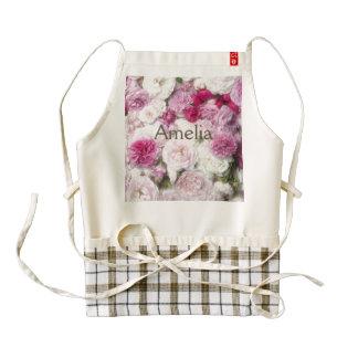 Beautiful,fresh,pink,white,roses,pattern,vivid,fun Zazzle HEART Apron