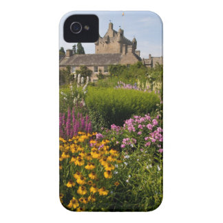 Beautiful gardens and famous castle in Scotland iPhone 4 Cover