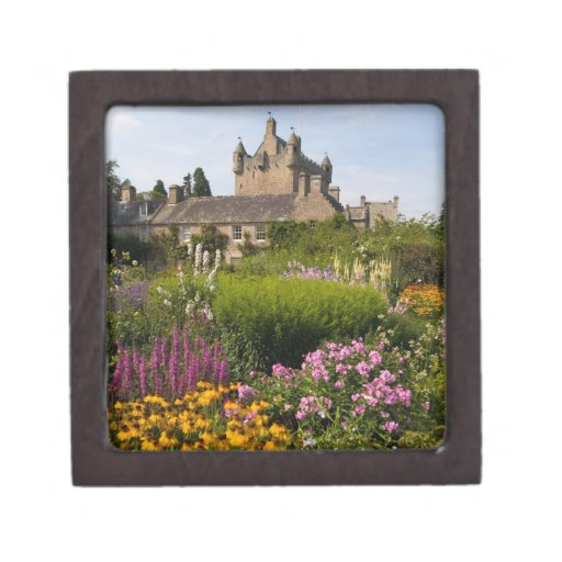 Beautiful gardens and famous castle in Scotland Jewelry Box