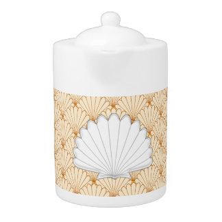 Beautiful Gold Scallop Shell Repeating Pattern