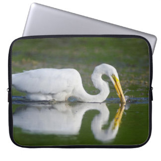 Beautiful Great Egret Catching Fish Laptop Sleeve