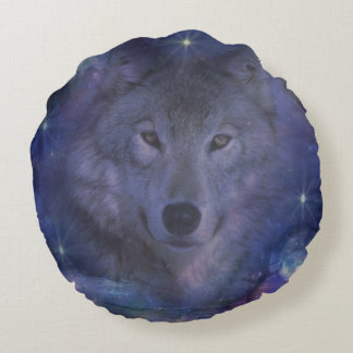 Beautiful Grey Wolf in the Moonlight Round Pillow