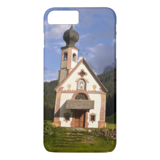 Beautiful isolated lonely church called Rainui iPhone 8 Plus/7 Plus Case
