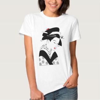 BEAUTIFUL Japanese Girl Graphic TEE