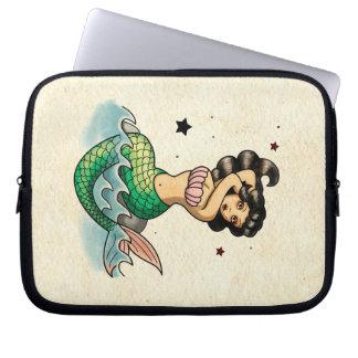 Beautiful Old School Mermaid Laptop Sleeve