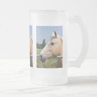 Beautiful Palomino Horse 16 Oz Frosted Glass Beer Mug