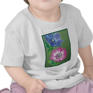 Beautiful picture of an Anemone T Shirts