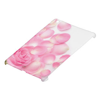Beautiful Pink Rose with Scattered Petals iPad Mini Case