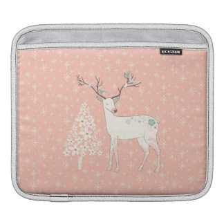 Beautiful Reindeer and Snowflakes Pink Sleeve For iPads