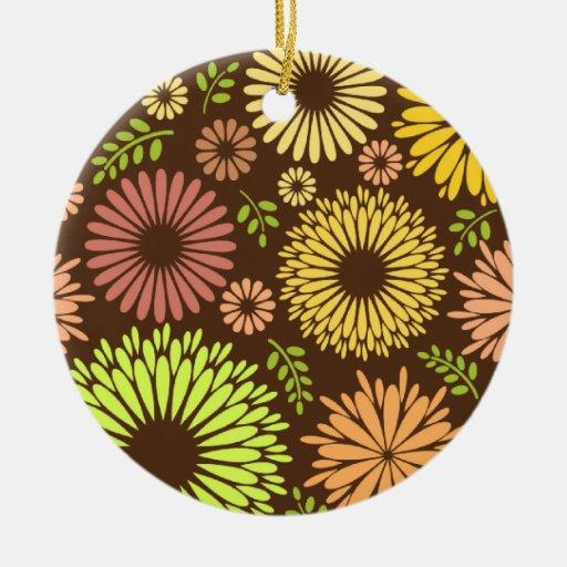 Beautiful, retro Ornament
