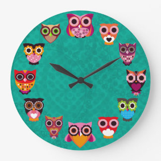 Beautiful Retro Owl Clock