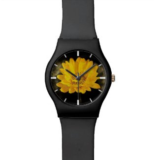 Beautiful Sunflower with Dark Brown Background Wristwatch