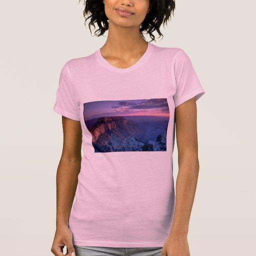 Beautiful Sunset: Grand Canyon, Arizona Tshirts