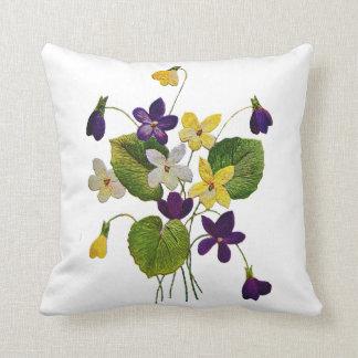 Beautiful Traditional Jacobean Crewel Embroidery P Throw Pillow