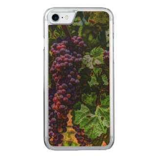 Beautiful vintage grapes on the vine. carved iPhone 8/7 case