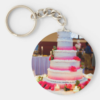 Beautiful Wedding Cake Keychain