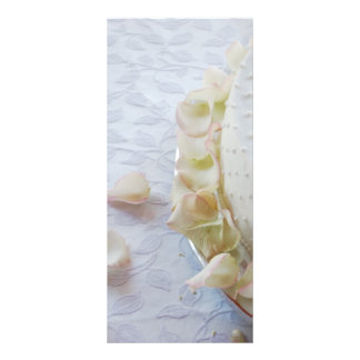 Beautiful wedding cake rack card