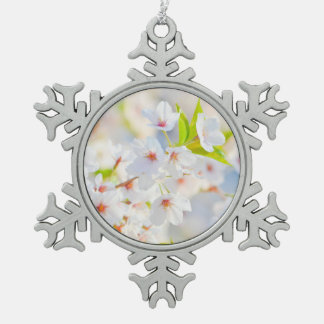 Beautiful White Flower Blossoms Snowflake Pewter Christmas Ornament