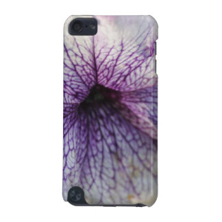 Beautiful White Flower Closeup iPod Touch 5G Cover