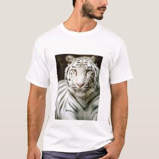 Beautiful white tiger t-shirt