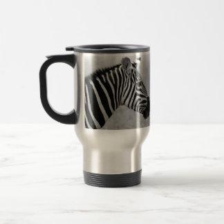 Beautiful wild black and white zebra design travel mug