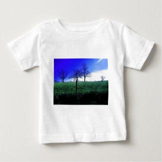 Beautiful winter nature scene baby T-Shirt