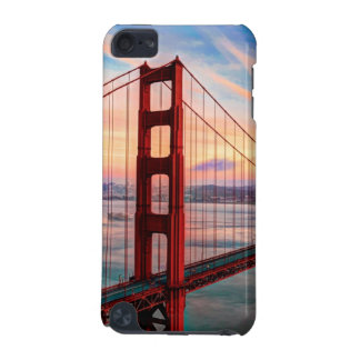Beautiful winter sunset at Golden Gate Bridge iPod Touch (5th Generation) Cover
