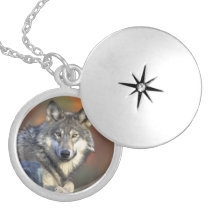 Beautiful Wolf Silver Plated Necklace
