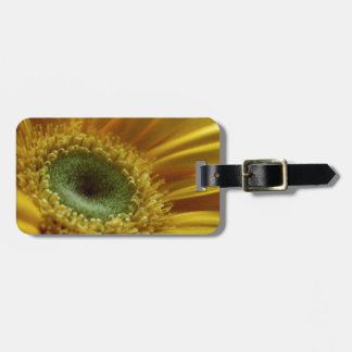 Beautiful Yellow Flower in the Morning Light Luggage Tag