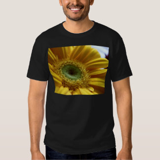 Beautiful Yellow Flower in the Morning Light T Shirt
