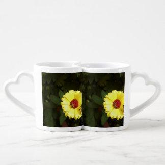 Beautiful yellow flower with small bee coffee mug set