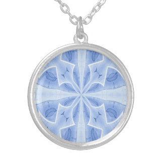 Beautuful blue round pendant necklace