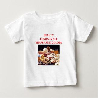 BEAUTY BABY T-Shirt