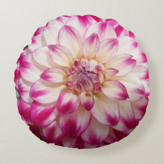 Beaux Round Pillow