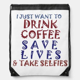 Beba el café, ahorre las vidas y tome los selfies mochila