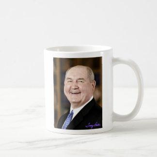 ¡Beba el café, el té o la leche con Sonny! Taza
