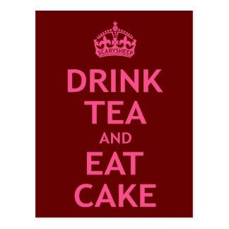 Beba el té y coma la torta tarjetas postales