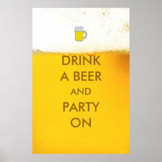 Beba una cerveza y a un fiesta en el poster divert