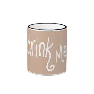 Bébame (de color topo-rev) taza de dos colores