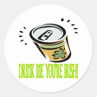 Bébame su irlandés etiqueta redonda