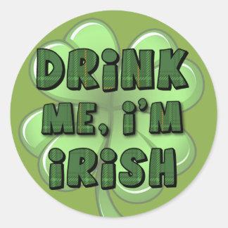Bébame, yo son el irlandés 2 pegatina redonda