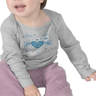Bebé azul del corazón de los pájaros del amor camiseta