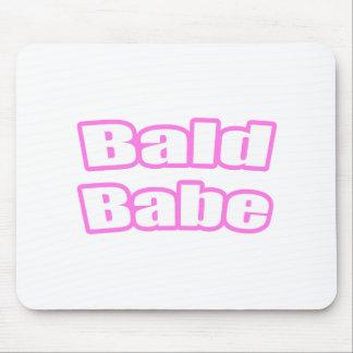 Bebé calvo (rosa) alfombrillas de raton