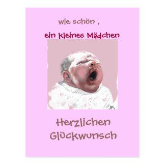 Bebé, chica pequeña enhorabuena tarjeta postal