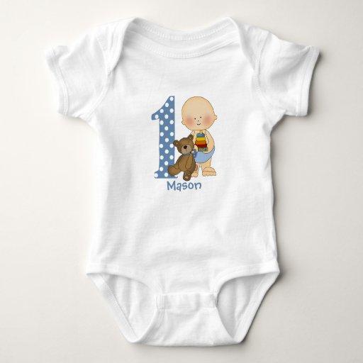 Bebé con la camiseta infantil de la enredadera de playeras