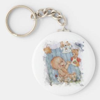 Bebé con los juguetes llavero redondo tipo pin